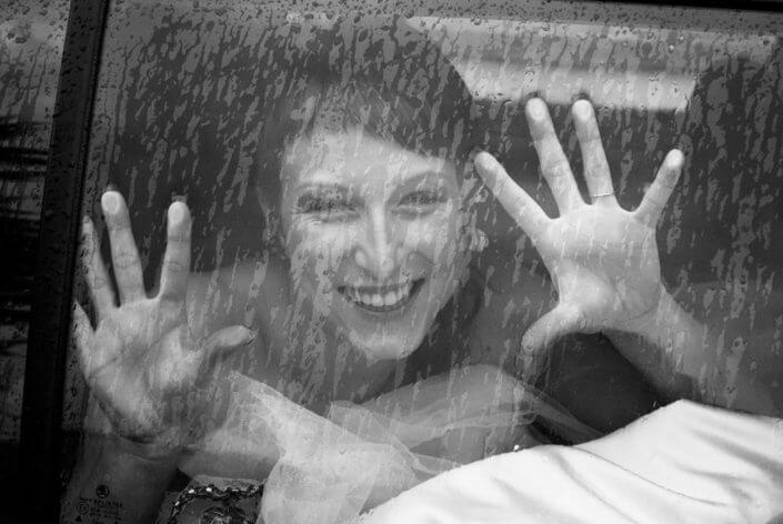 Svatební fotografie - černobílý film